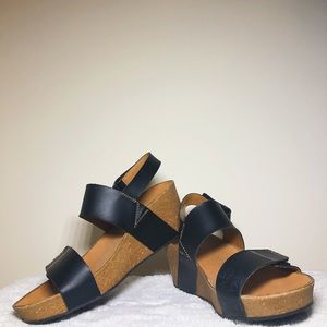 Coffee brown & Black Strapped Clarks Platforms